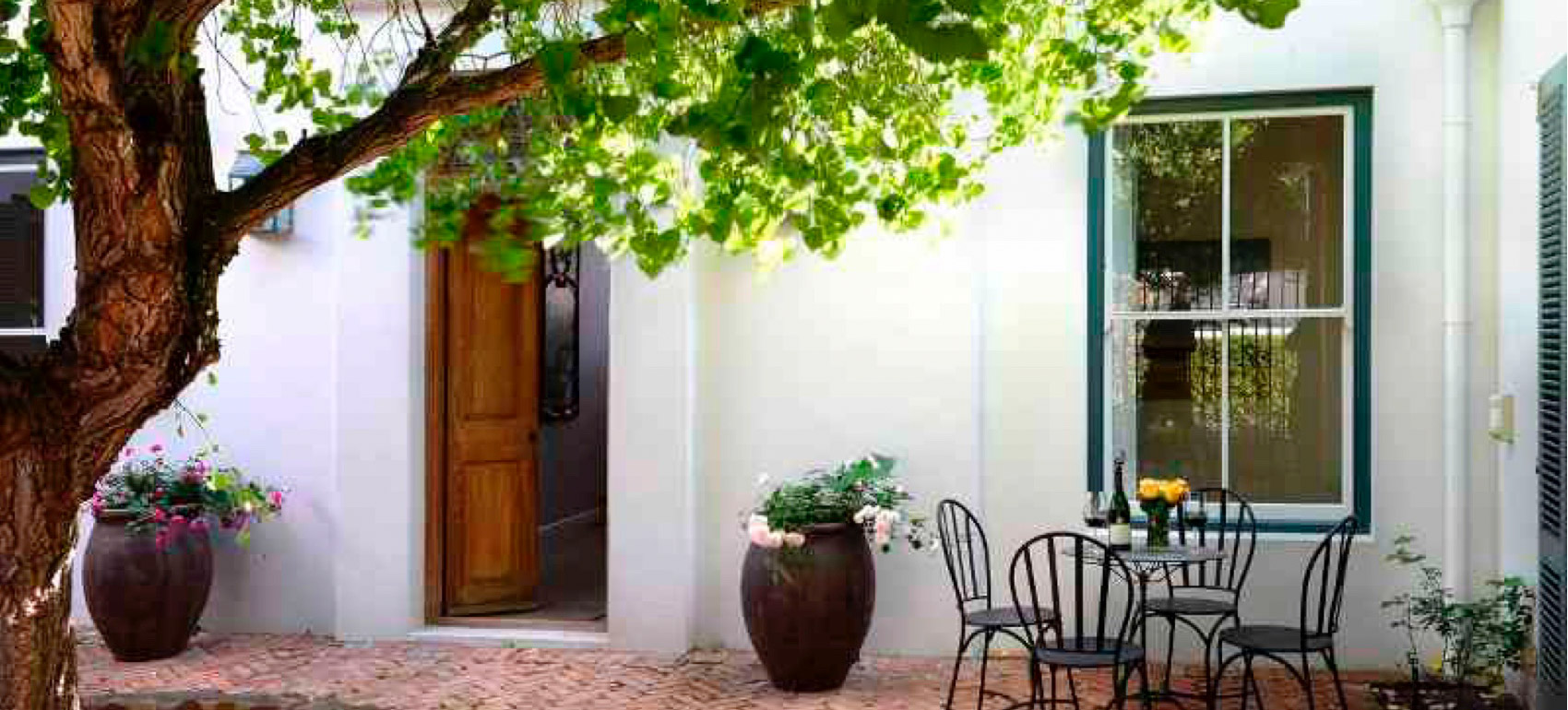 16-cabriere-street-gallery-01